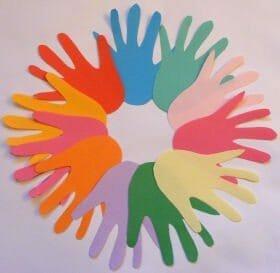 activityvillageukmulticolored_handprint_wreath