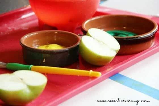Fall Activities for Preschoolers - Apple Printing