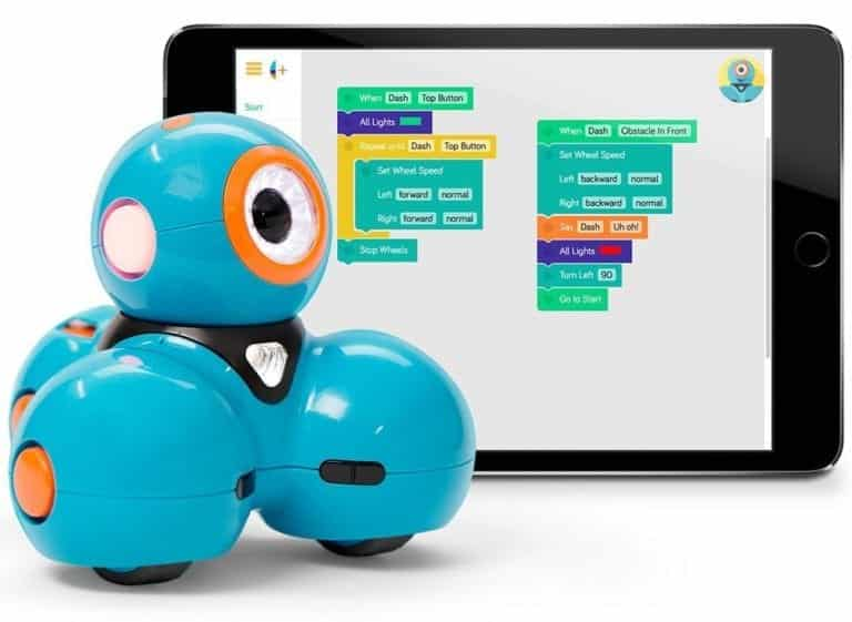 Teaching Kids to Code with Dash and Dot