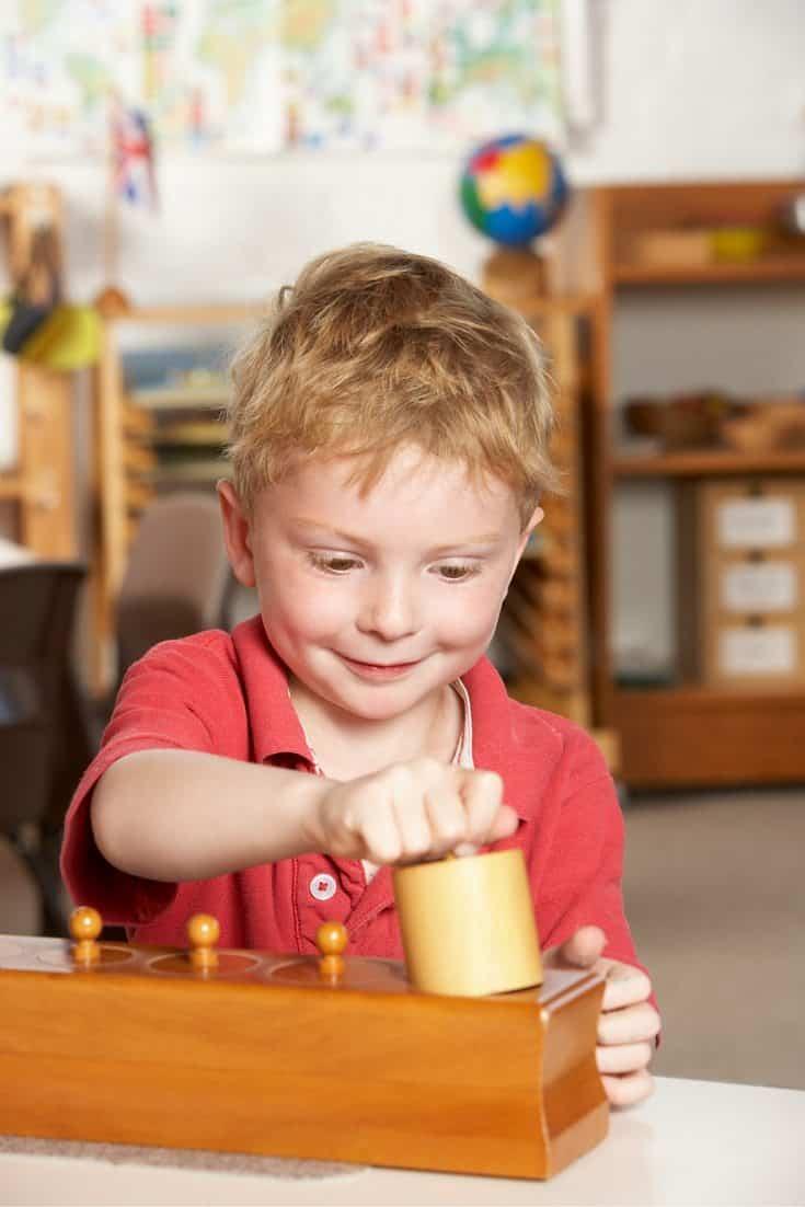 ENGAGING KIDS MONTESSORI SHELVES