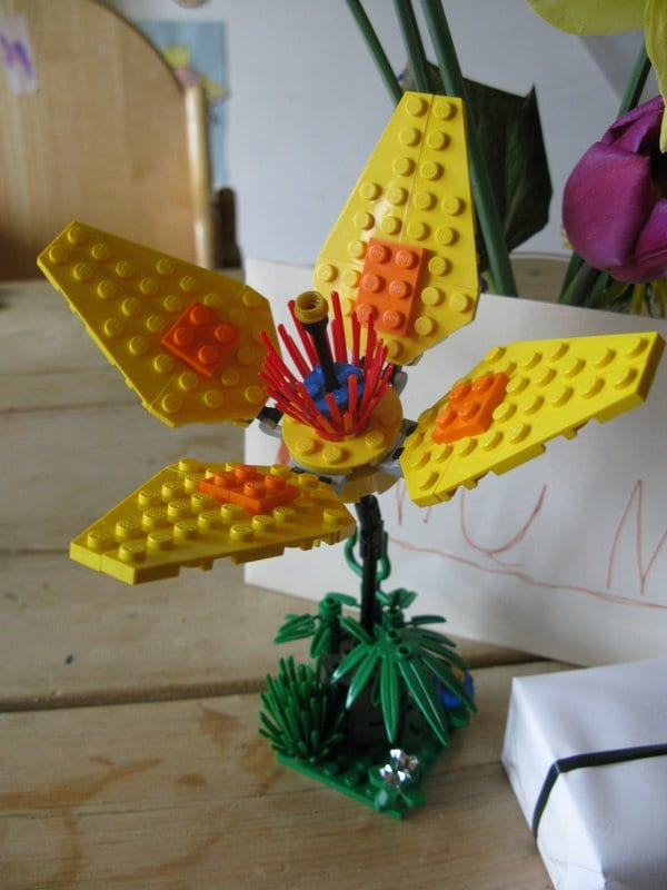 DIY Lego Mothers Day Gifts Flower